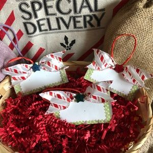 Other - Christmas Star Red And White Bow Gift Tags